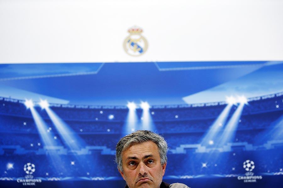 Felfüggesztett börtönre ítélték Mourinhót adócsalás miatt