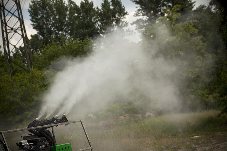 A héten 70 ezer hektáron kezdődik a kémiai szúnyogirtás