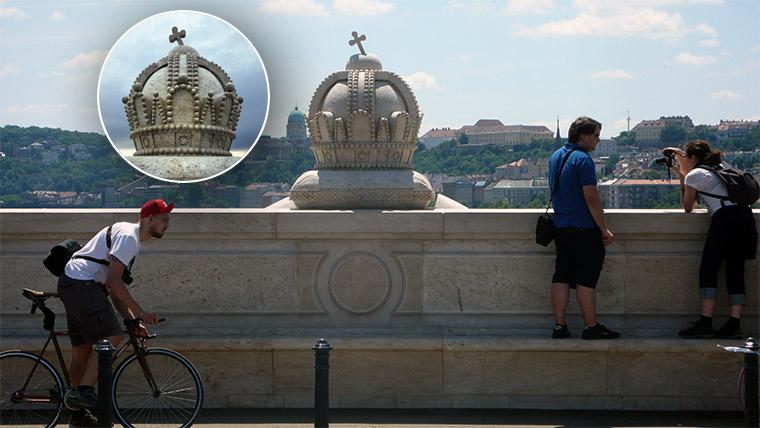 Lerúgta a kőkeresztet a Margit-híd egyik Szent Koronájáról egy 22 éves nő