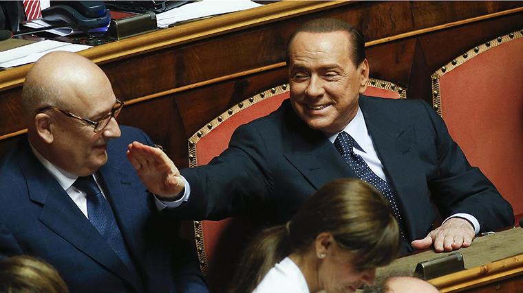 Berlusconi tényleg eladja a Milant
