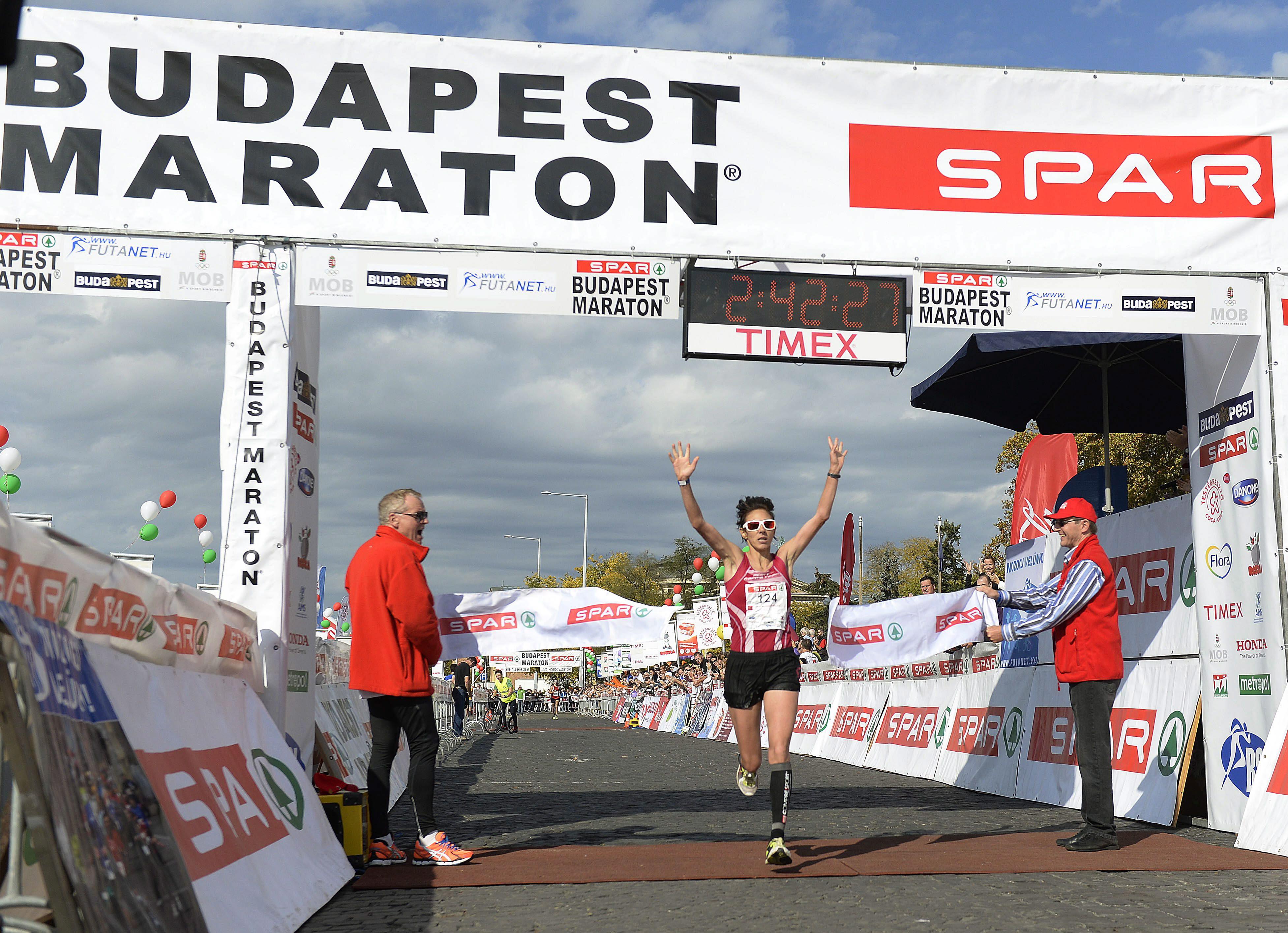 Csak évi három nagy futóversenyt engedélyezne a főváros