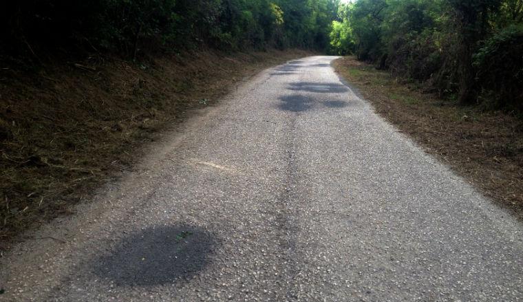 932 ember kocsiját tették tönkre tavaly a magyar utak