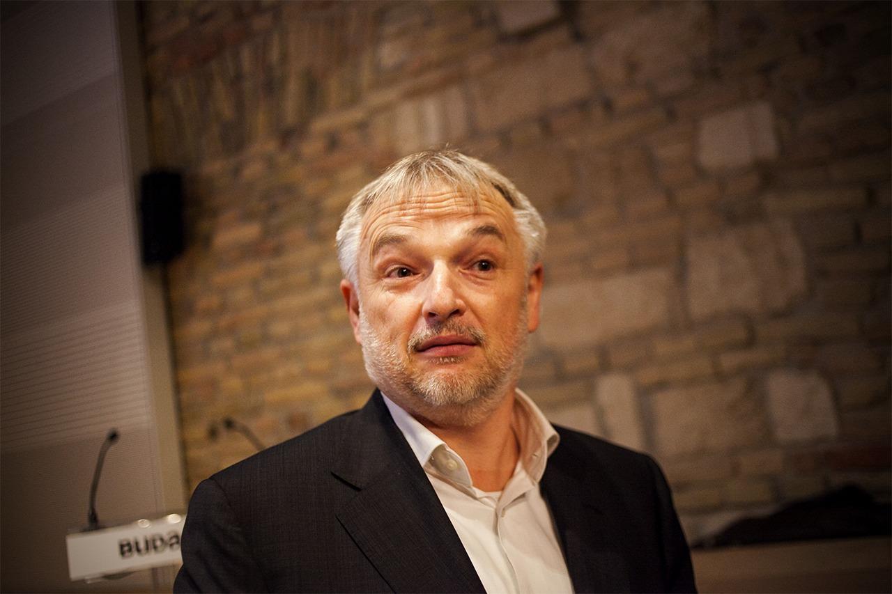 Hernádi Zsolt továbbra is élvezi a Mol Nyrt. Igazgatóságának teljes bizalmát és támogatását