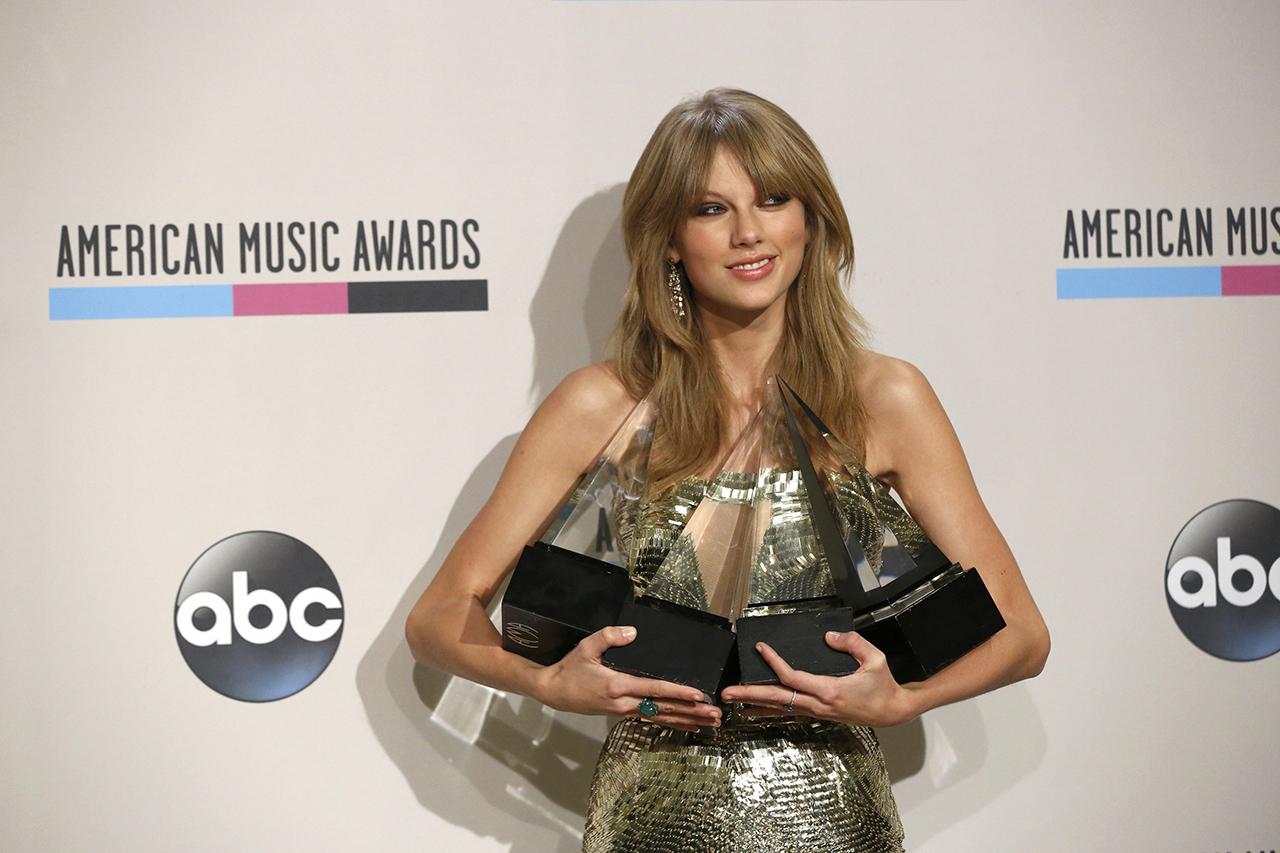 Rekordszámban regisztrálnak szavazásra az amerikaiak Taylor Swift erre buzdító Instagram-posztja miatt