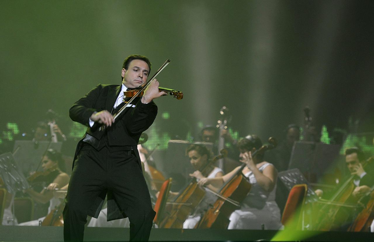 Több milliárd forintnyi tao-pénzből, állami támogatásokkal és ingyen kapott koncerthelyszínnel egyengetik Mága Zoltán karrierjét