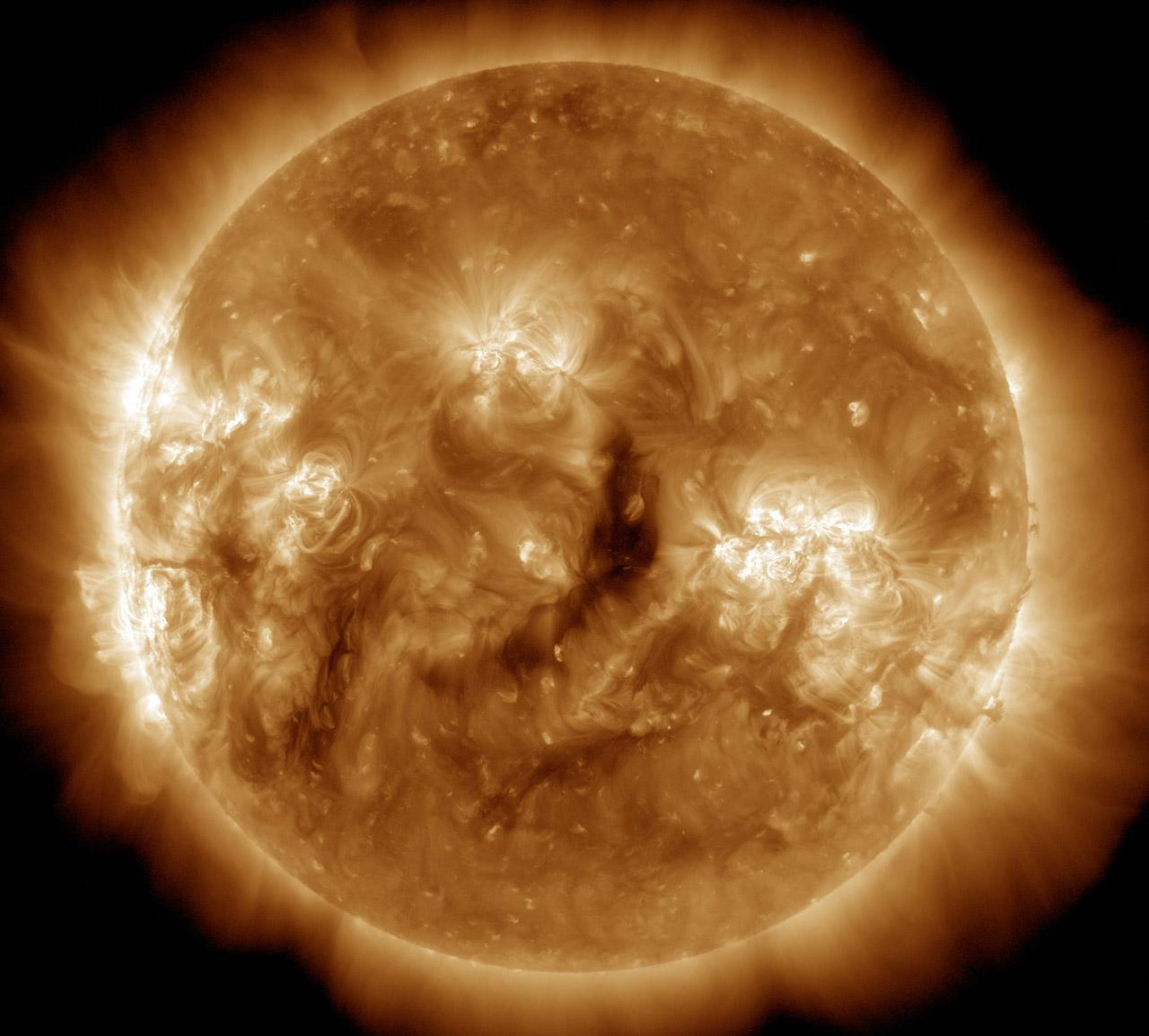 Uniós támogatással kutathatják az űridőjárást az ELTE csillagászai