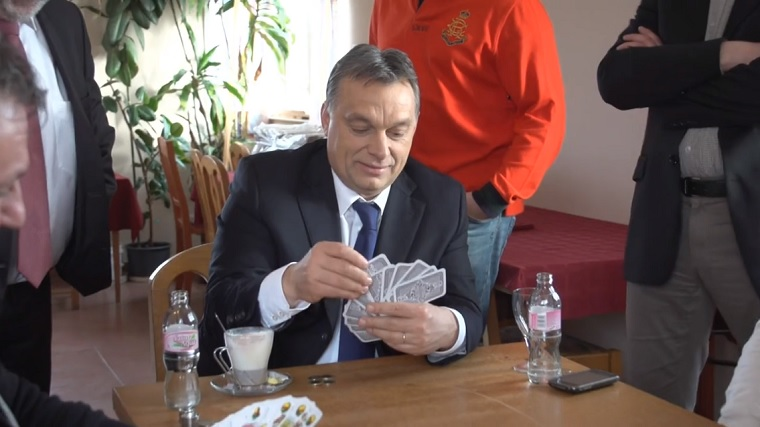 Közvetlenül Orbán hivatalához folynak be a kaszinók koncessziós díjai