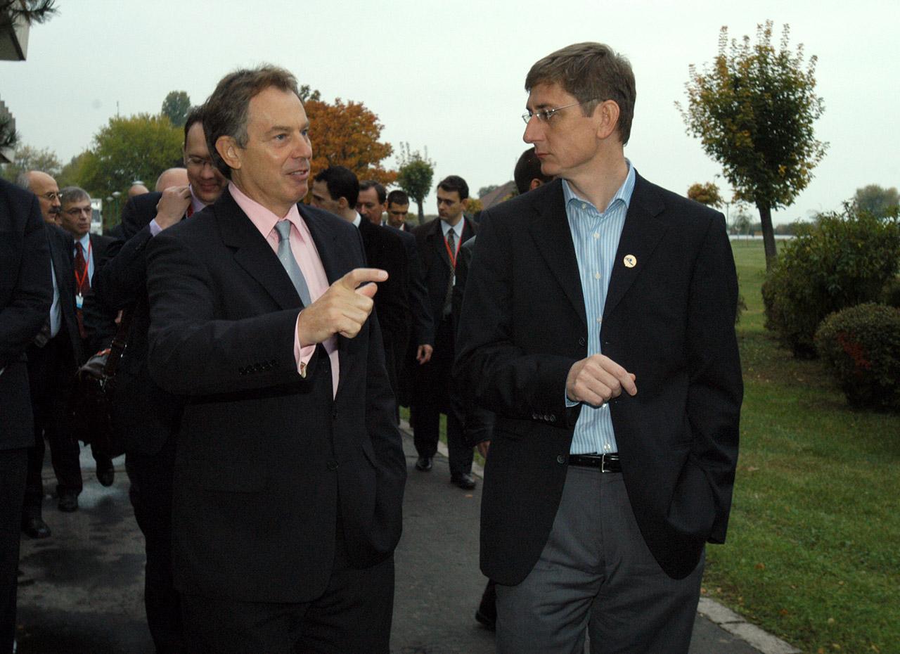 """Tony Blair bocsánatot kért az iraki """"hibákért"""""""
