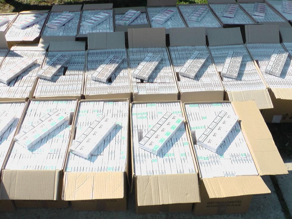 150 ezer doboz ukrán cigivel buktak le az M3-as horti pihenőjénél