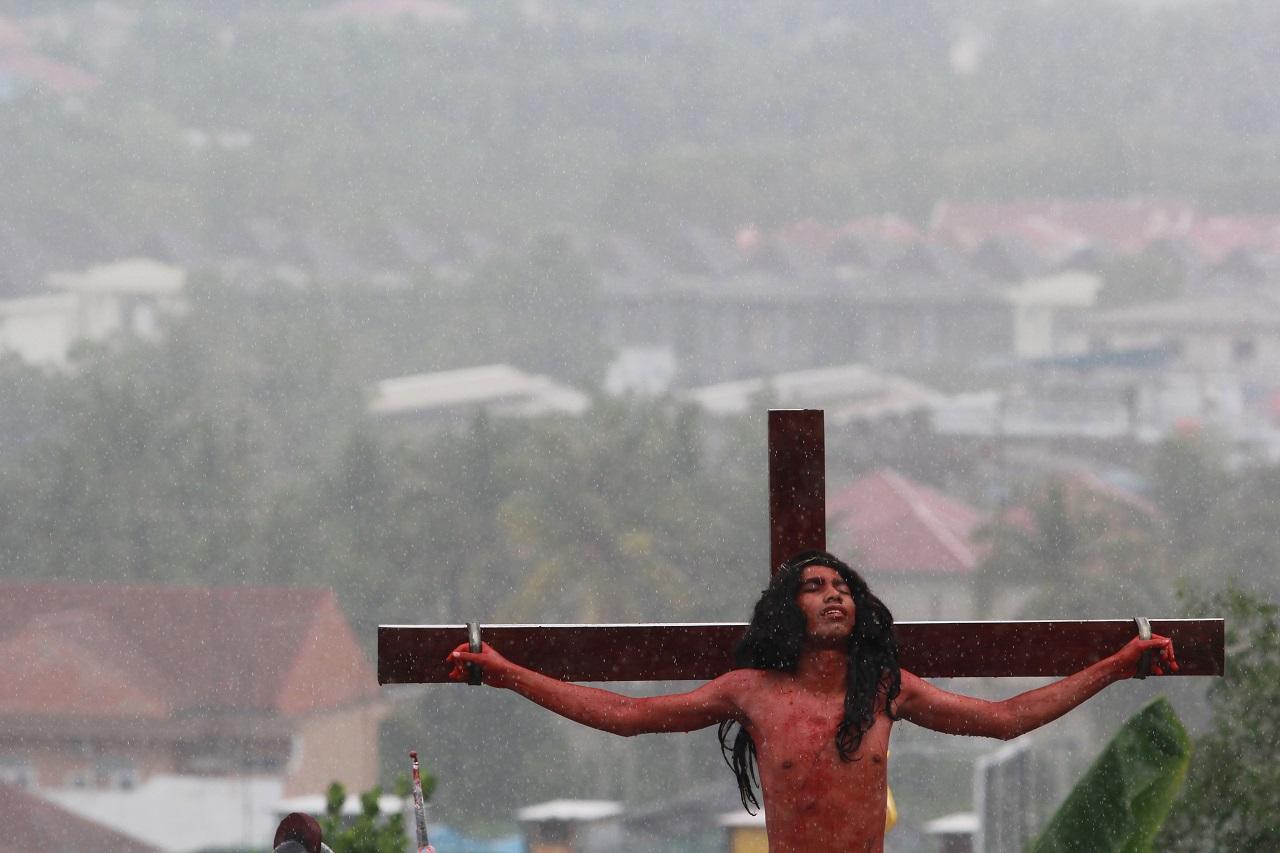 Kormányhatározat született az üldözött keresztények segítéséért felelős helyettes államtitkár felkéréséről