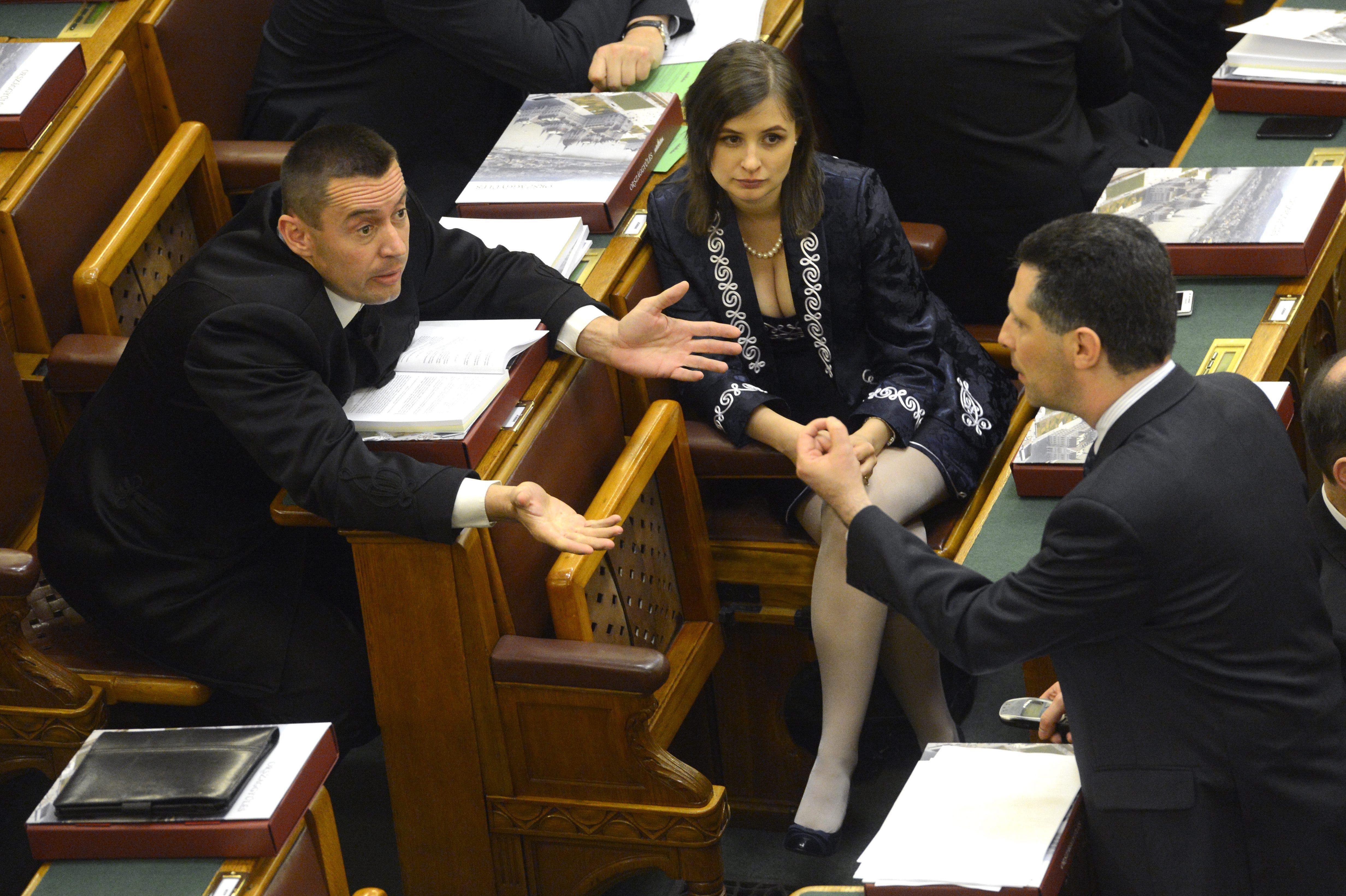 A Jobbik elnöksége is Dúró Dóra visszahívása mellett döntött