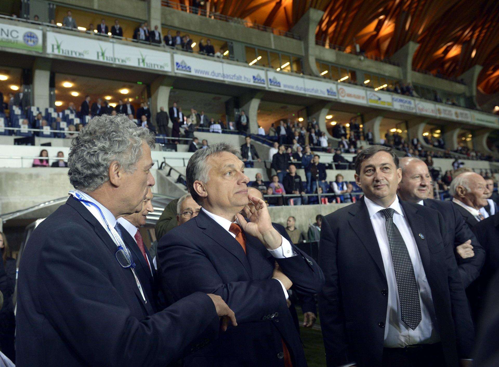 Milliárdokkal támogatja az állam Mészáros Lőrinc és a kormány kedvenc határon túli fociakadémiáit
