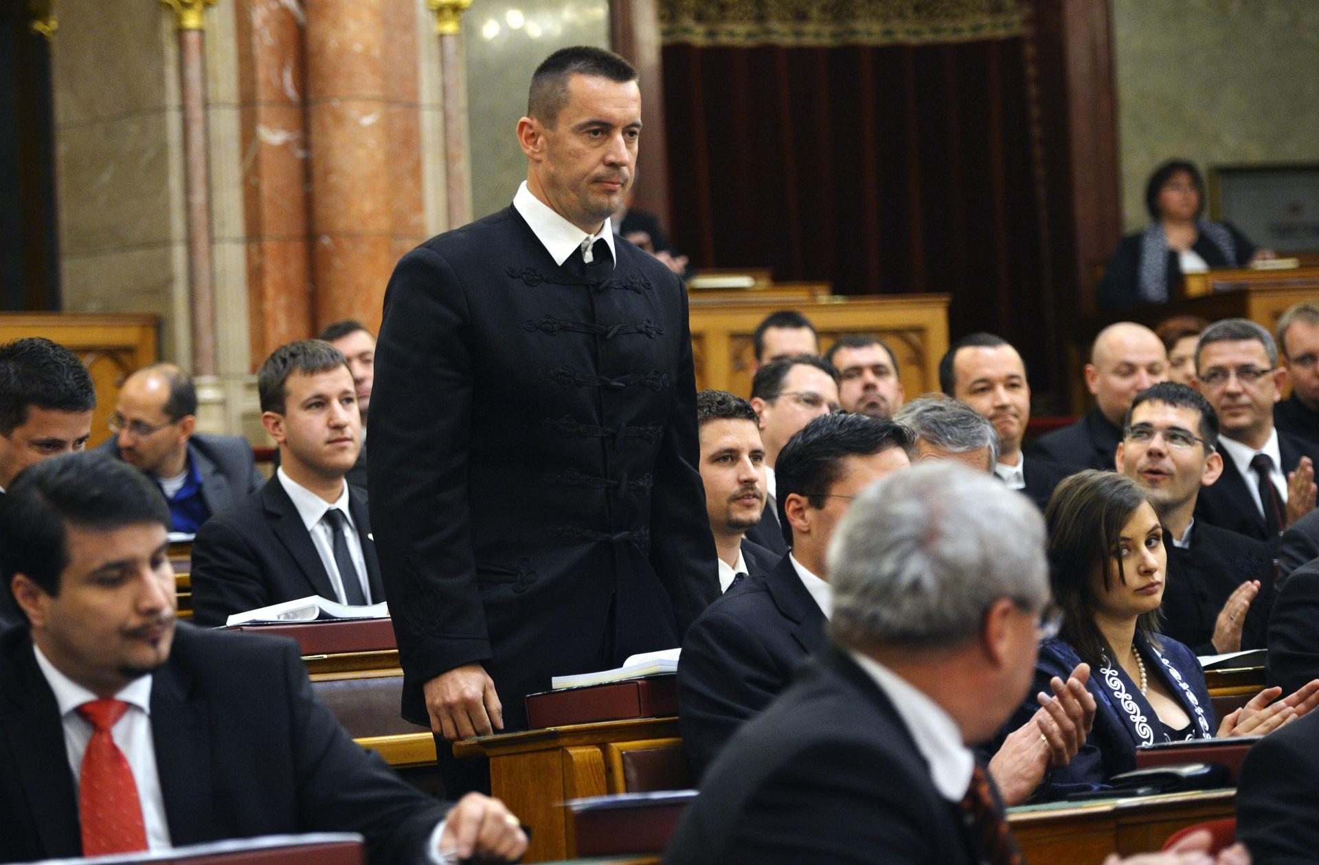 Az egykori skinheadvezér Sneider Tamás a Jobbik új elnöke