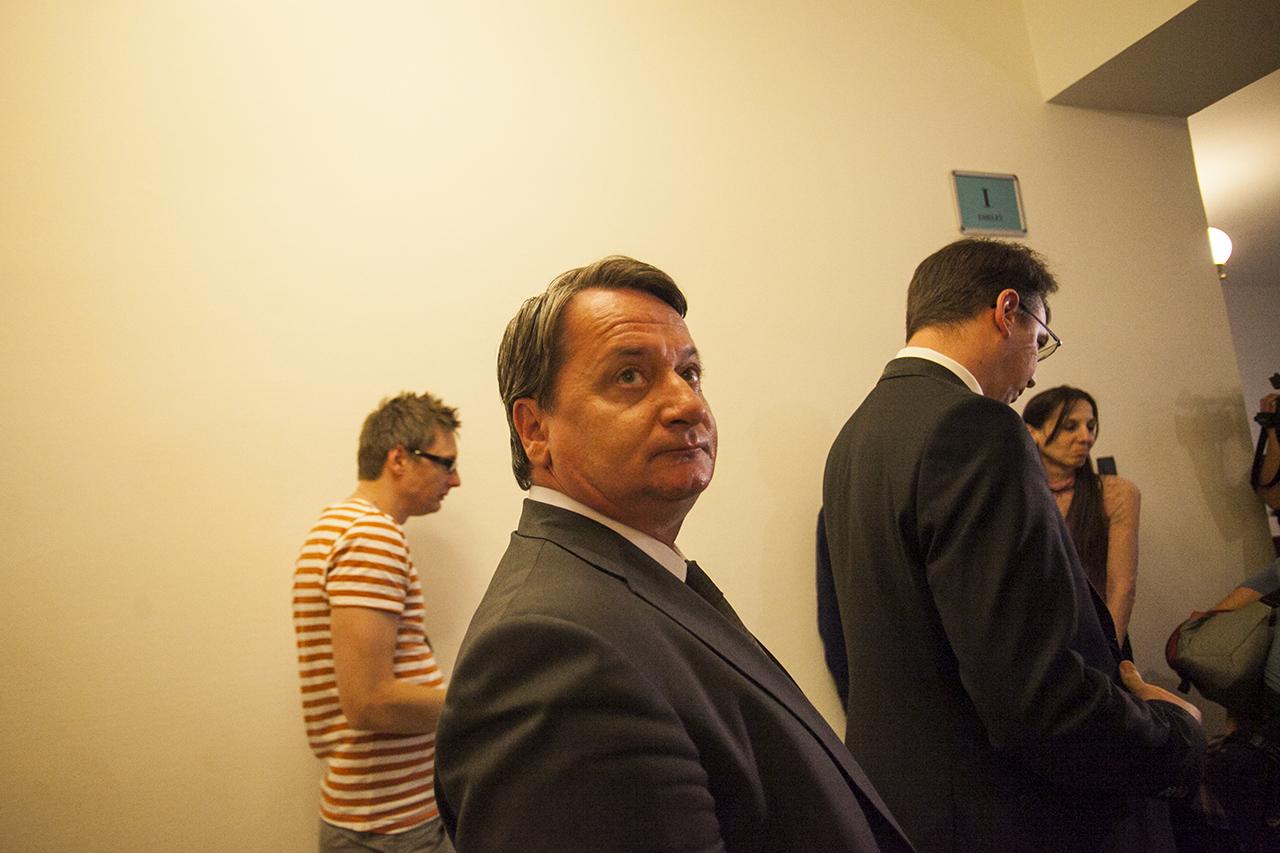 Felfüggesztheti Kovács Béla mentelmi jogát az Európai Parlament