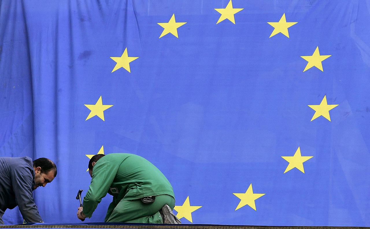 Az EU szeretné, ha ezentúl minden ország vásárlóinak azonos áron adnák a termékeiket az online boltok