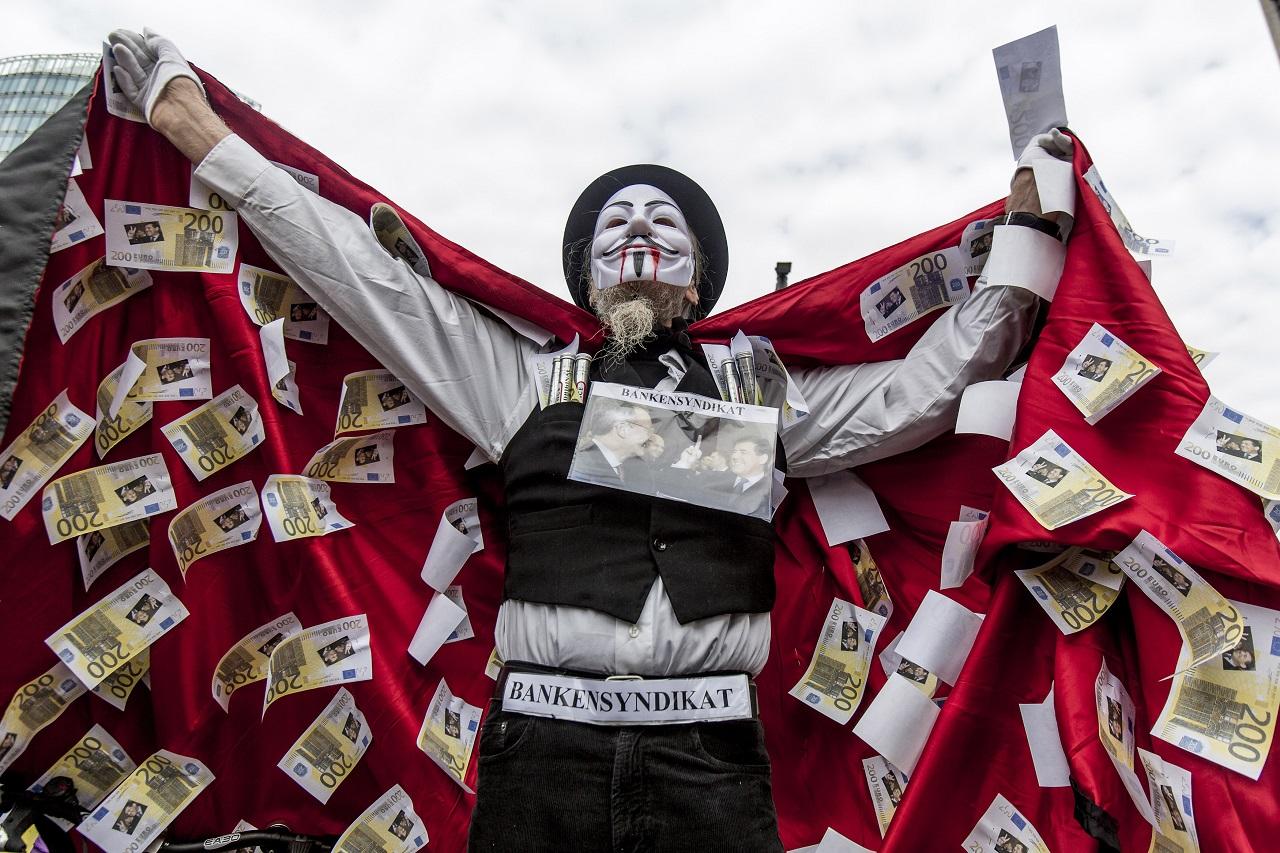 A világ leggazdagabb egyszázaléka birtokolja a világ vagyonának a felét