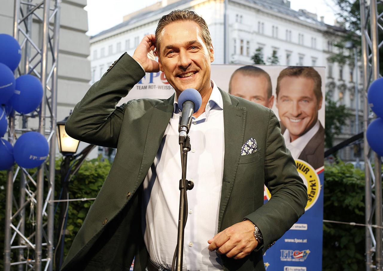Strache lemondott az ibizai videó miatt