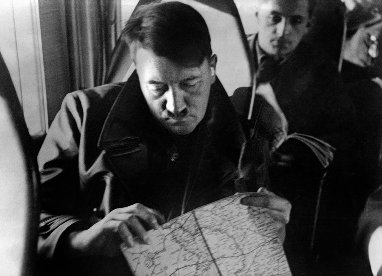 Berlinben hamisítás gyanújával lefoglaltak három festményt, amit állítólag Adolf Hitler festett