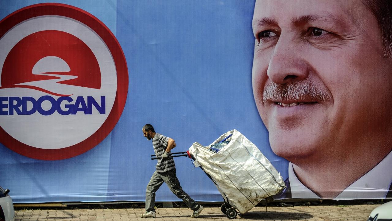 Vérdíjat tűztek ki két volt amerikai kormánytisztviselő fejére Törökországban