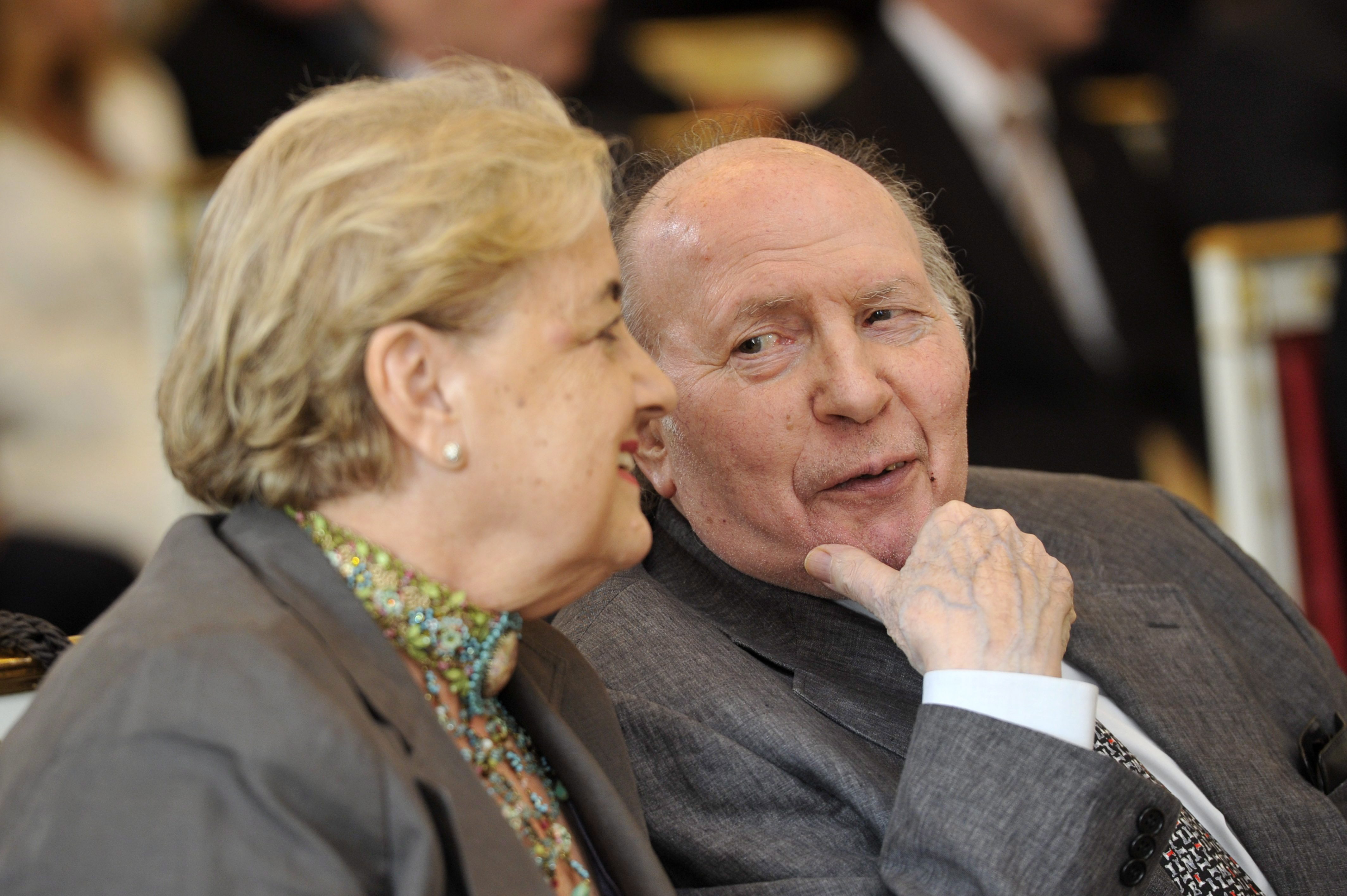 Holokauszttagadásért ítéltek el egy férfit, aki Kertész Imrétől idézett