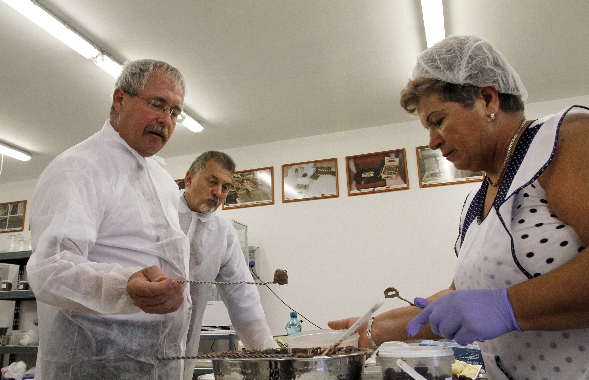 Fazekas Sándor elrendelte több mint 100, Magyarországon és külföldön is kapható termék átfogó, összehasonlító vizsgálatát