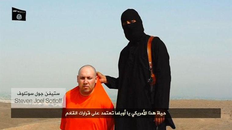 Két 13 éves ISIS-es kivégzést játszott el egy autista társukon, erre az igazgató rajtuk is eljátszotta az ISIS-es kivégzést