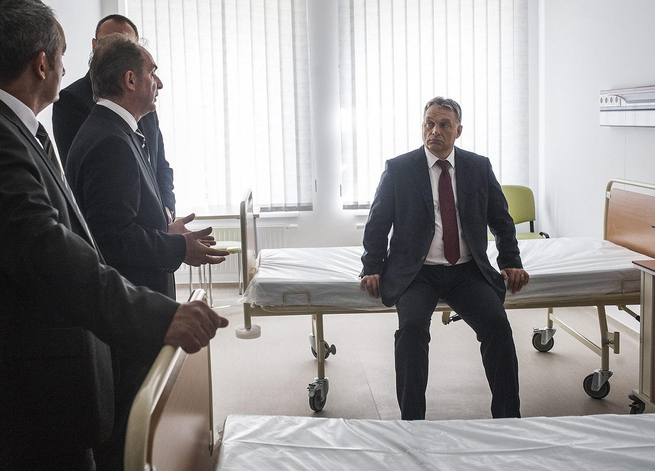 Az ellenzék eltörölte volna az állami vezetők kórházi VIP-ellátását, de a Fidesz-KDNP lesöpörte a javaslatot