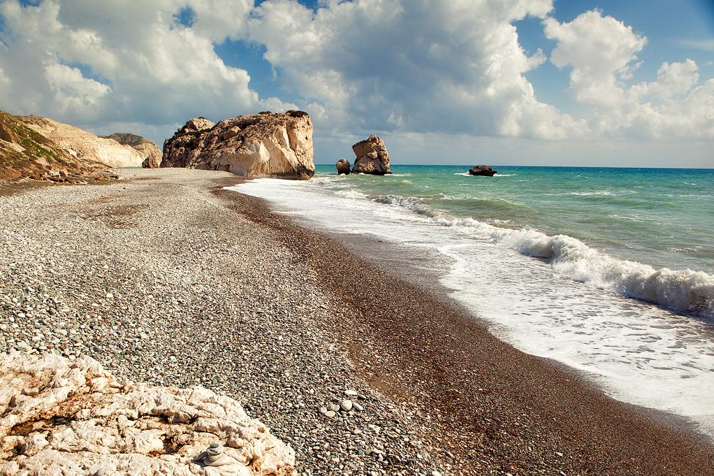 Hétfőtől a beoltott magyarok szabadon utazhatnak nyaralni Ciprusra