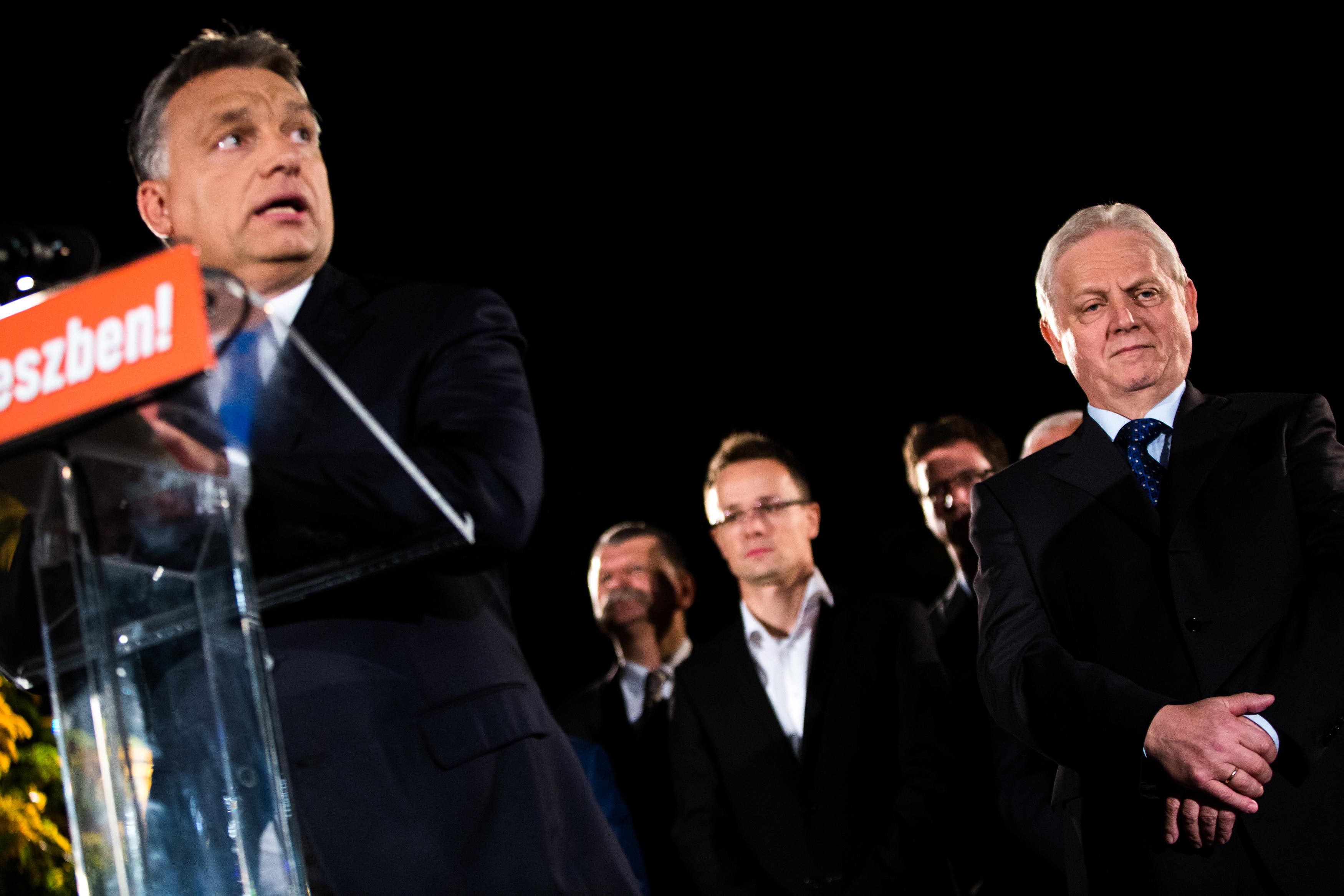Orbán szárnyakat ígért a korgó gyomrú Budapestnek, aztán inkább a további éheztetés mellett döntött