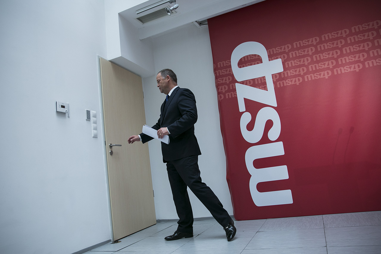 Szanyi Tibor már nem tagja az MSZP-nek