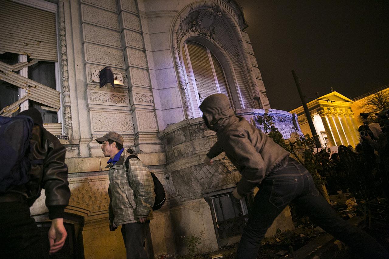 Nem akarnék balhét, csak a népszavazás után adnák át a felújított Fidesz-székházat