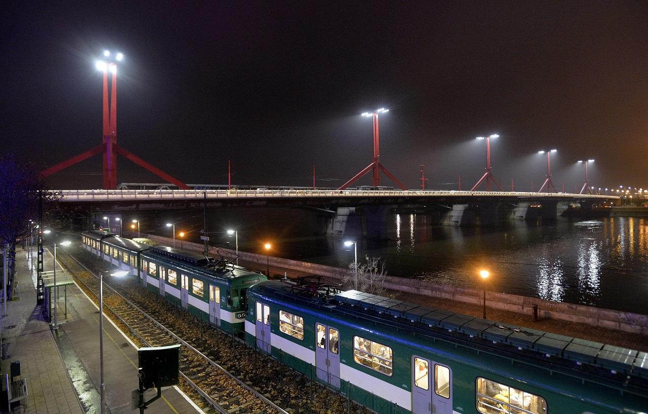 Vasárnap este a Rákóczi hidat is lezárják a Ferencvárosban talált légibomba miatt