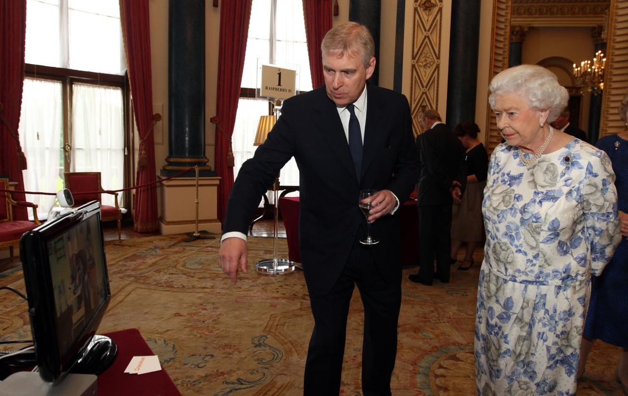 Birtokháborítókat fogtak András yorki herceg windsori otthonánál