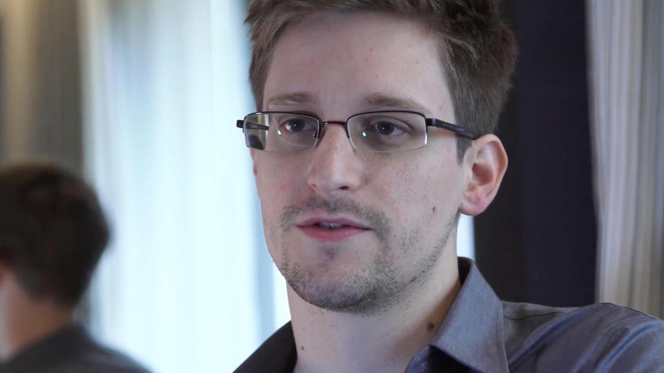 Az orosz kormányzatban arról beszélnek, visszaküldik Snowdent Amerikába, ajándékként Trumpnak