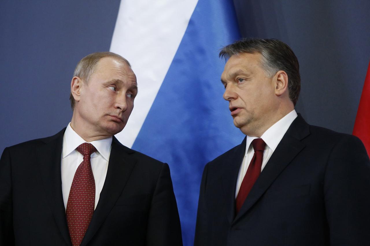 A magyar titkosszolgálatok nem találtak bizonyítékokat arra, hogy Orbán Viktort titkos információkkal zsarolják az oroszok