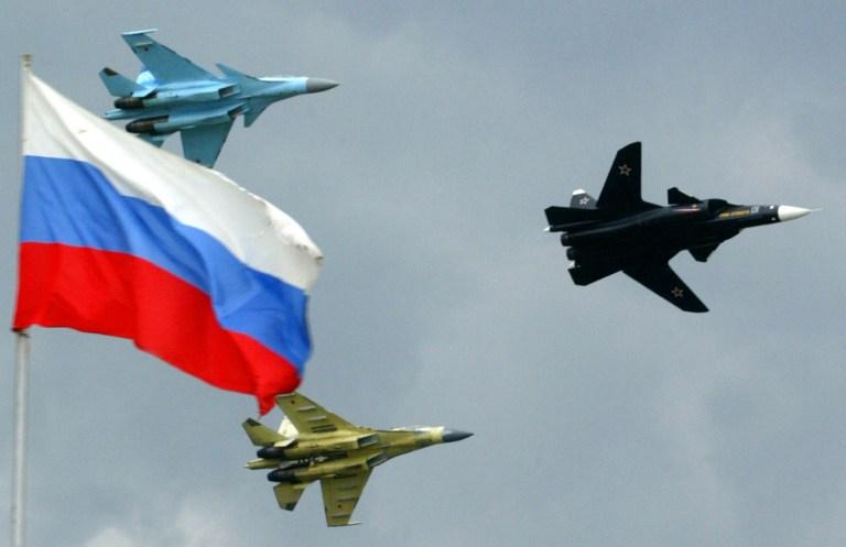Az amerikai légierő orosz bombázókat és harci gépeket fogott el Alaszka partjainál