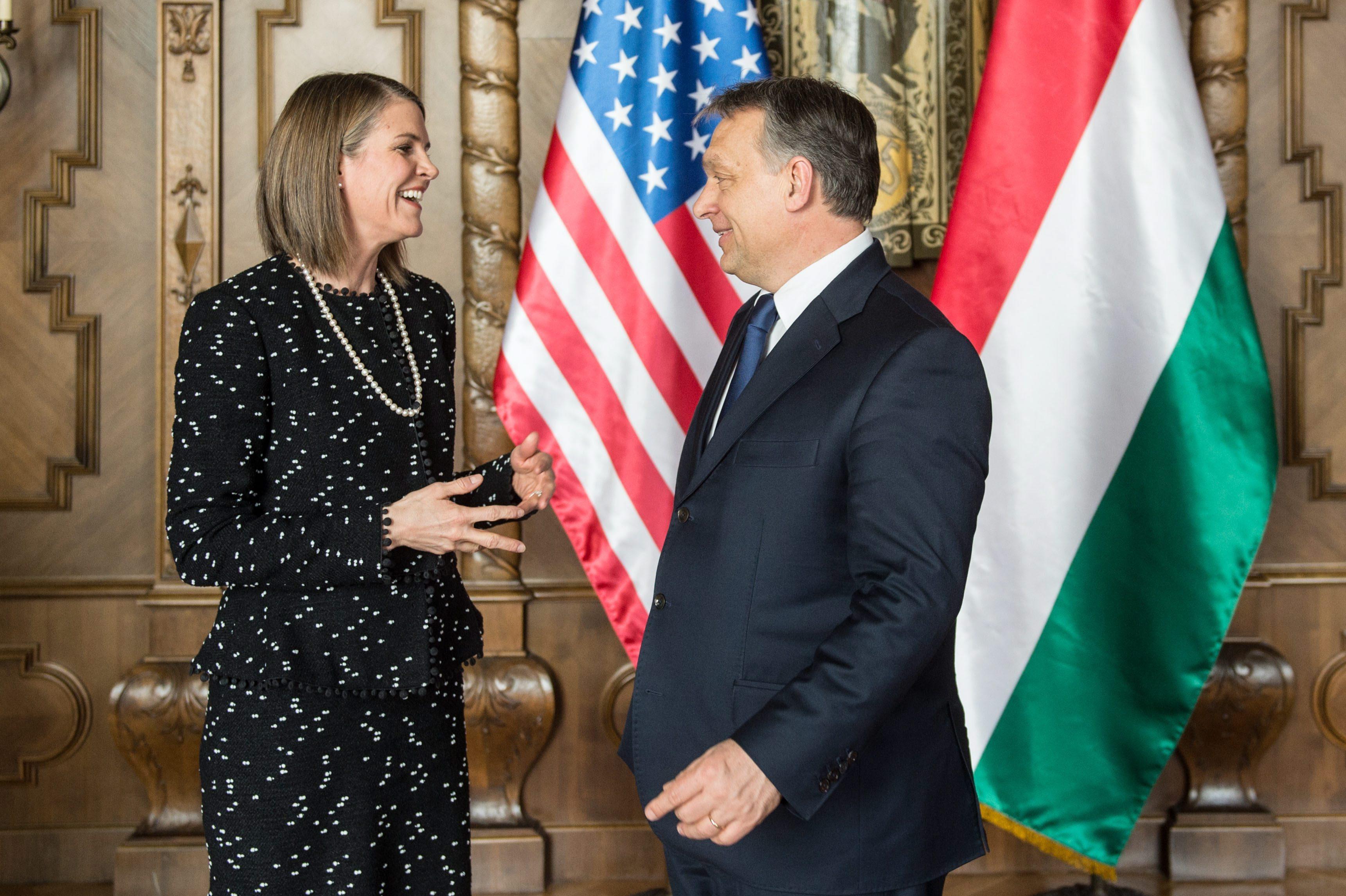 Nagyon kiosztotta Magyarországot az amerikai nagykövet
