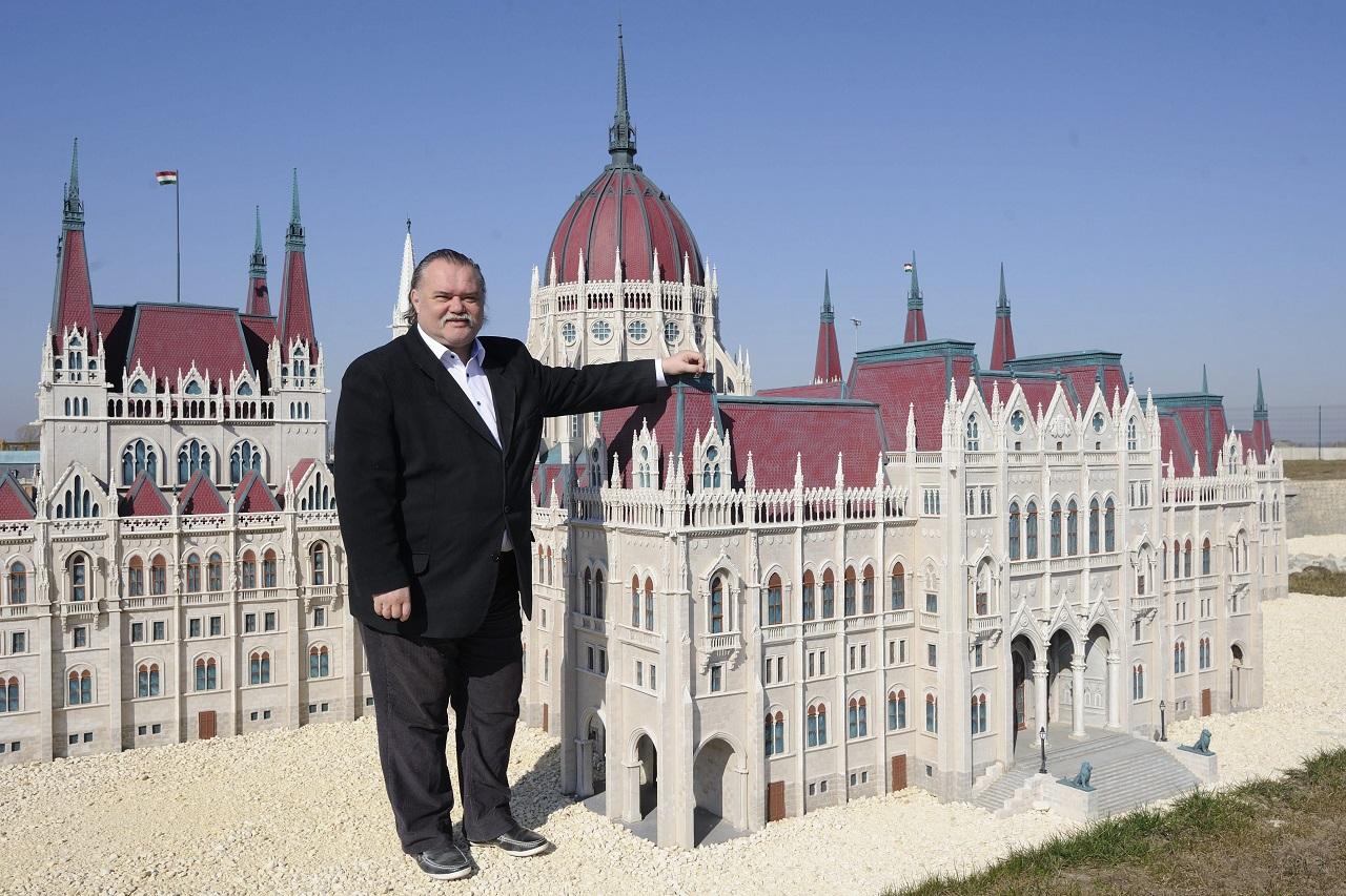 A KSH felmérte, milyen magas és hány kiló egy átlagos magyar