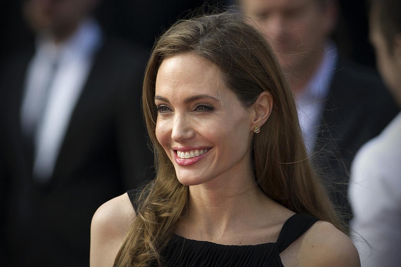 Angelina Jolie nem zárja ki, hogy politikusi pályára lépjen