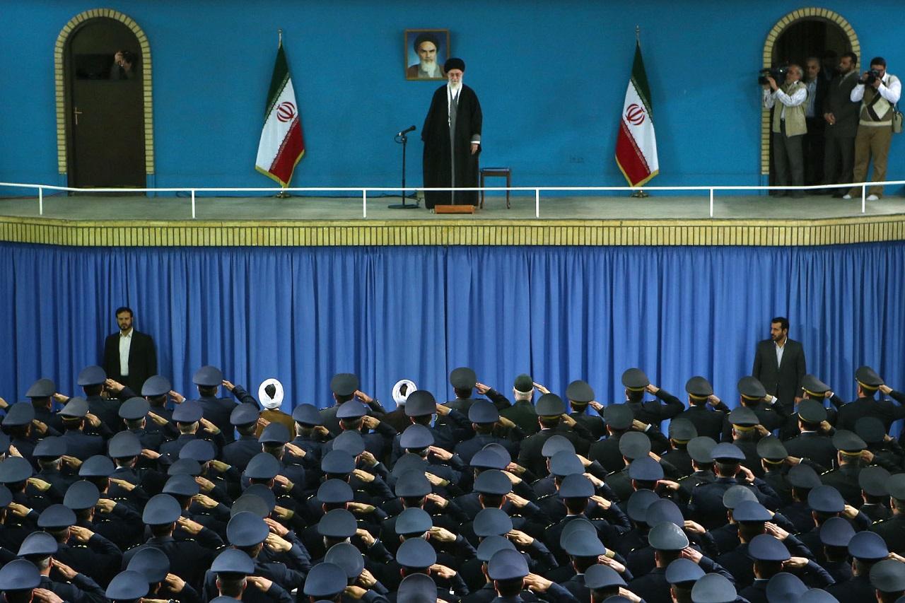 Betiltják a magánhasználatú drónokat Teheránban