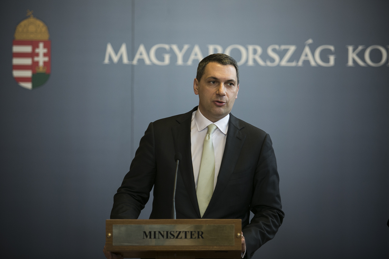 Lázár János szerint az, hogy Habony Árpád ingyen bérelhette ki a Szépművészeti Múzeumot, nem korrupció
