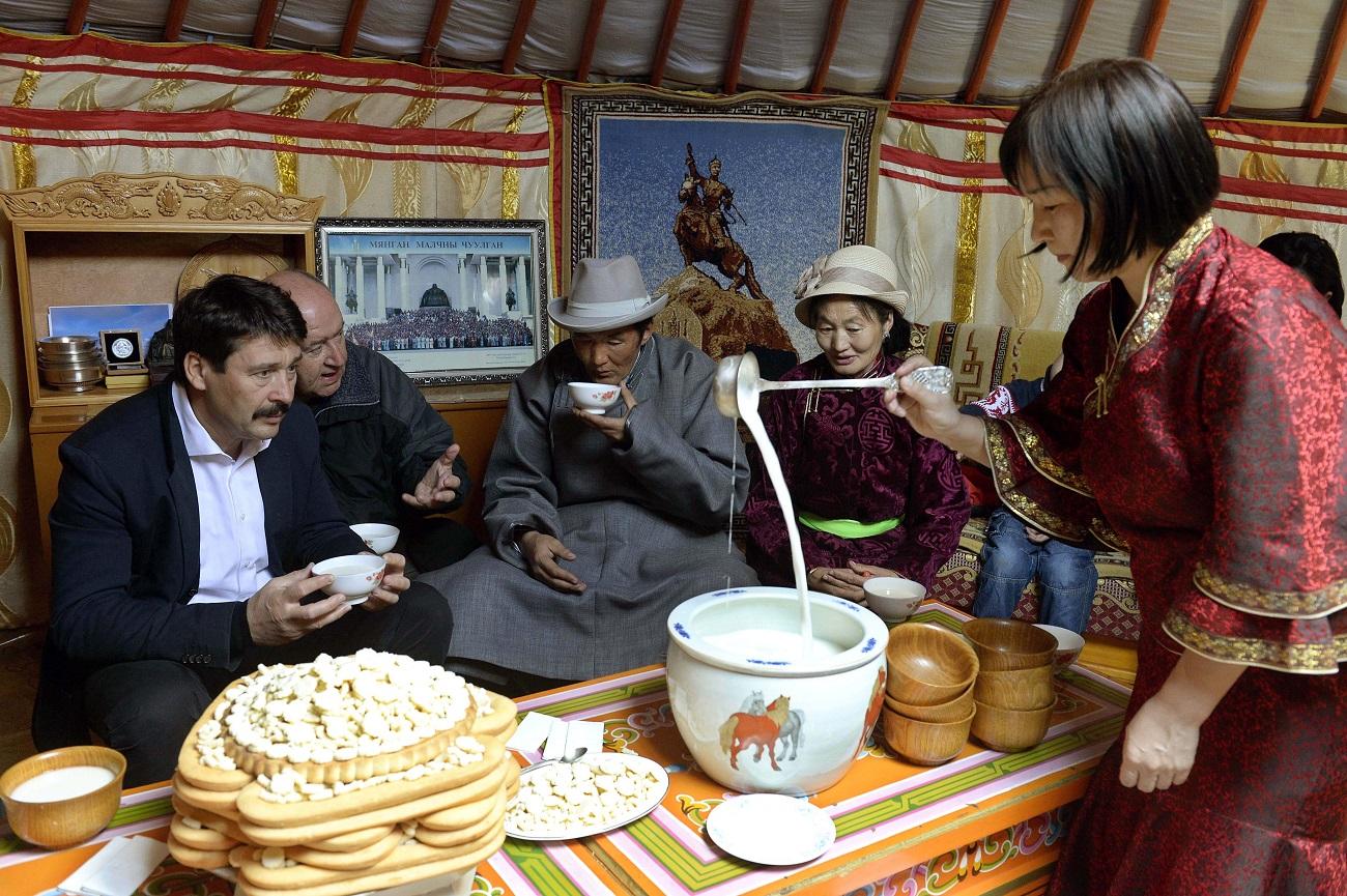 25 millió dolláros segélyhitelt adunk Mongóliának