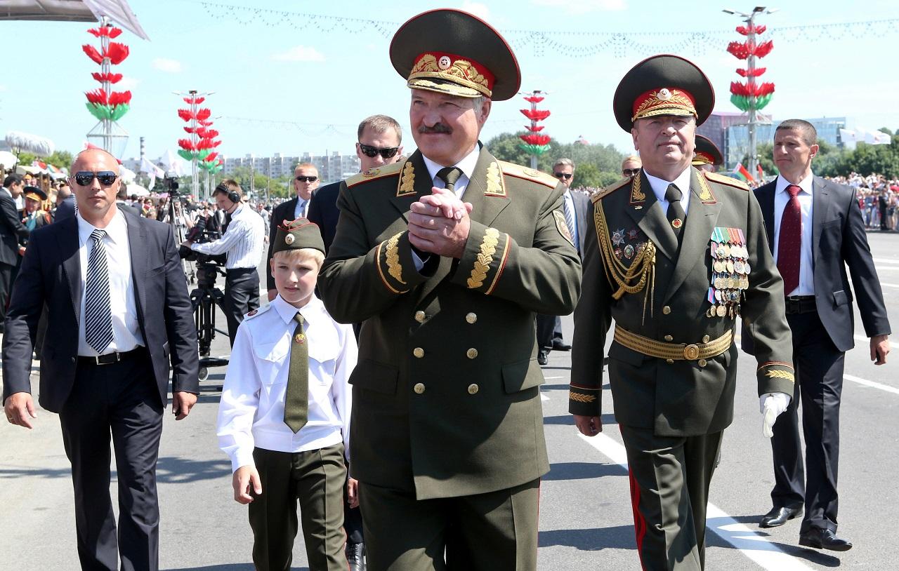 Az EU felfüggesztette a Fehéroroszországgal szembeni szankciókat