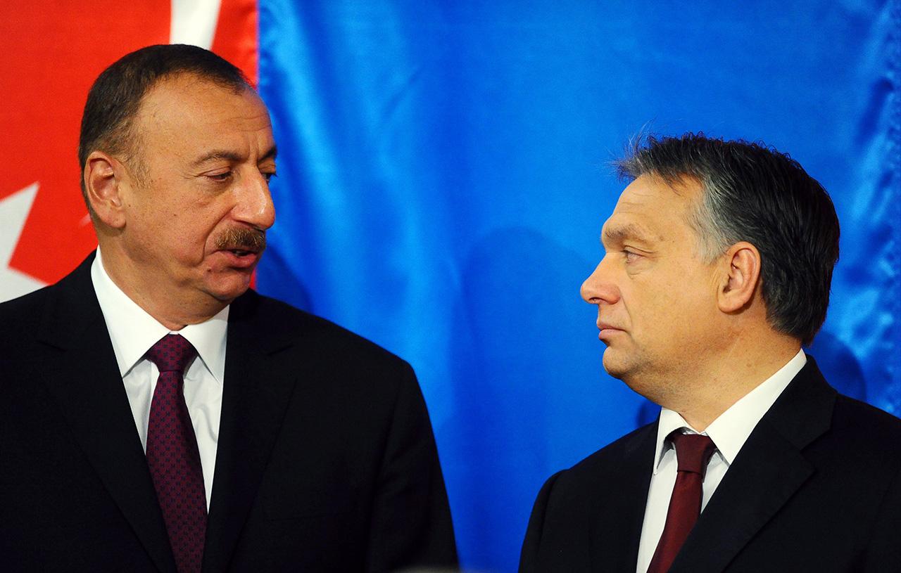 Akkor érkeztek azeri dollármilliók egy budapesti számlára, amikor az ország kiadta a baltás gyilkost
