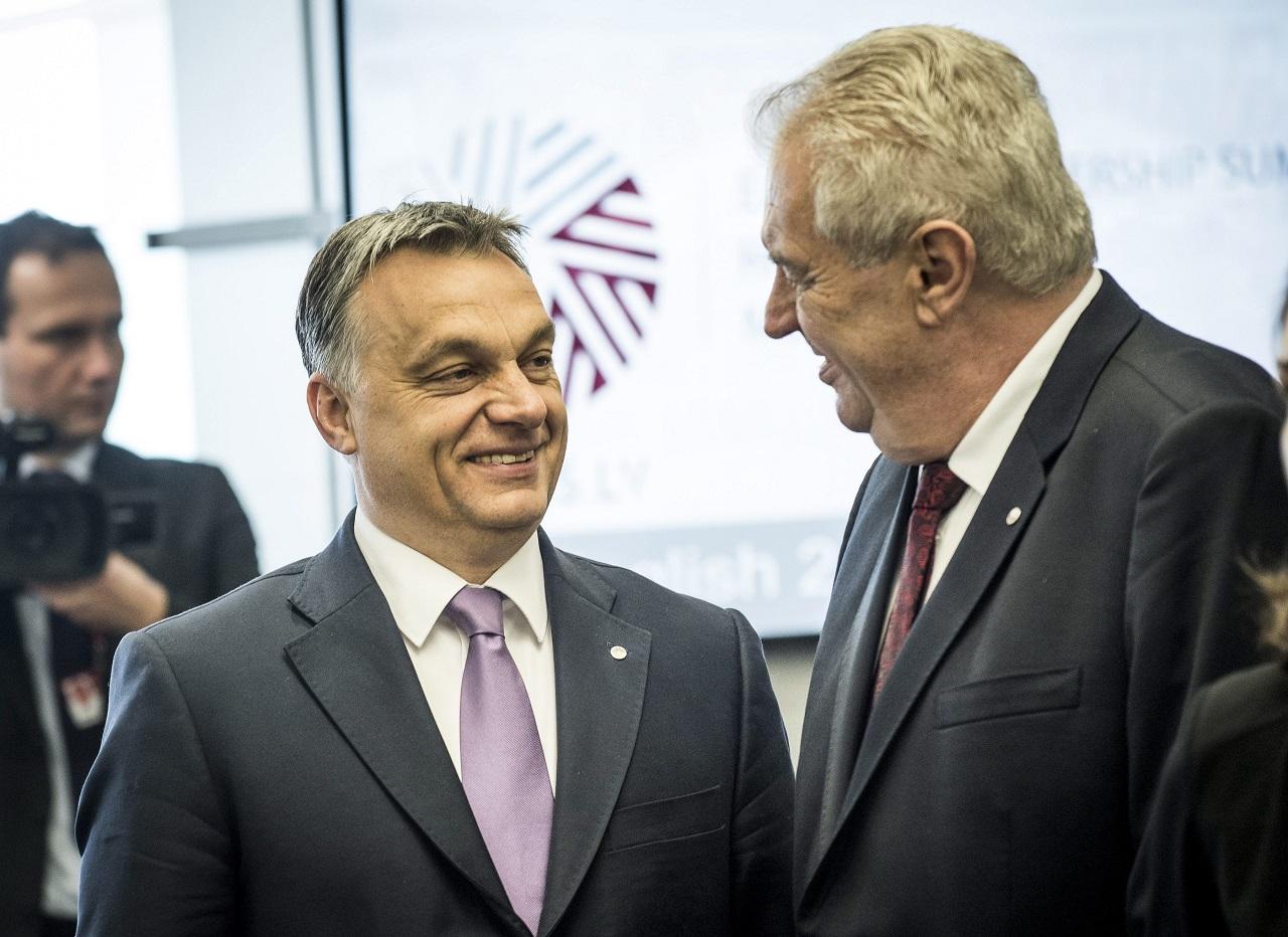 Szép magyar siker: a csehek negyede megbízik Orbán Viktorban