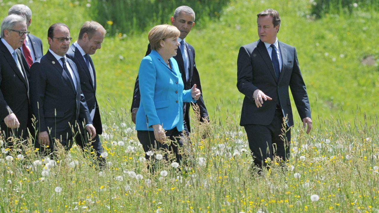 Földi László szerint Angela Merkelnek le kell mondania, mert egy nő mégse vezetheti háborúba Európát