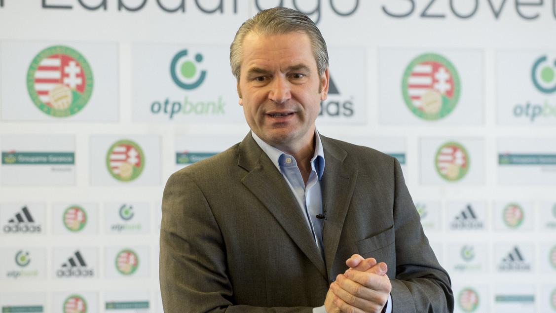 Ilyen az, amikor Bernd Storck szövetségi kapitány megtapasztalja, milyen minőségű munka folyik a magyar futballakadémiákon