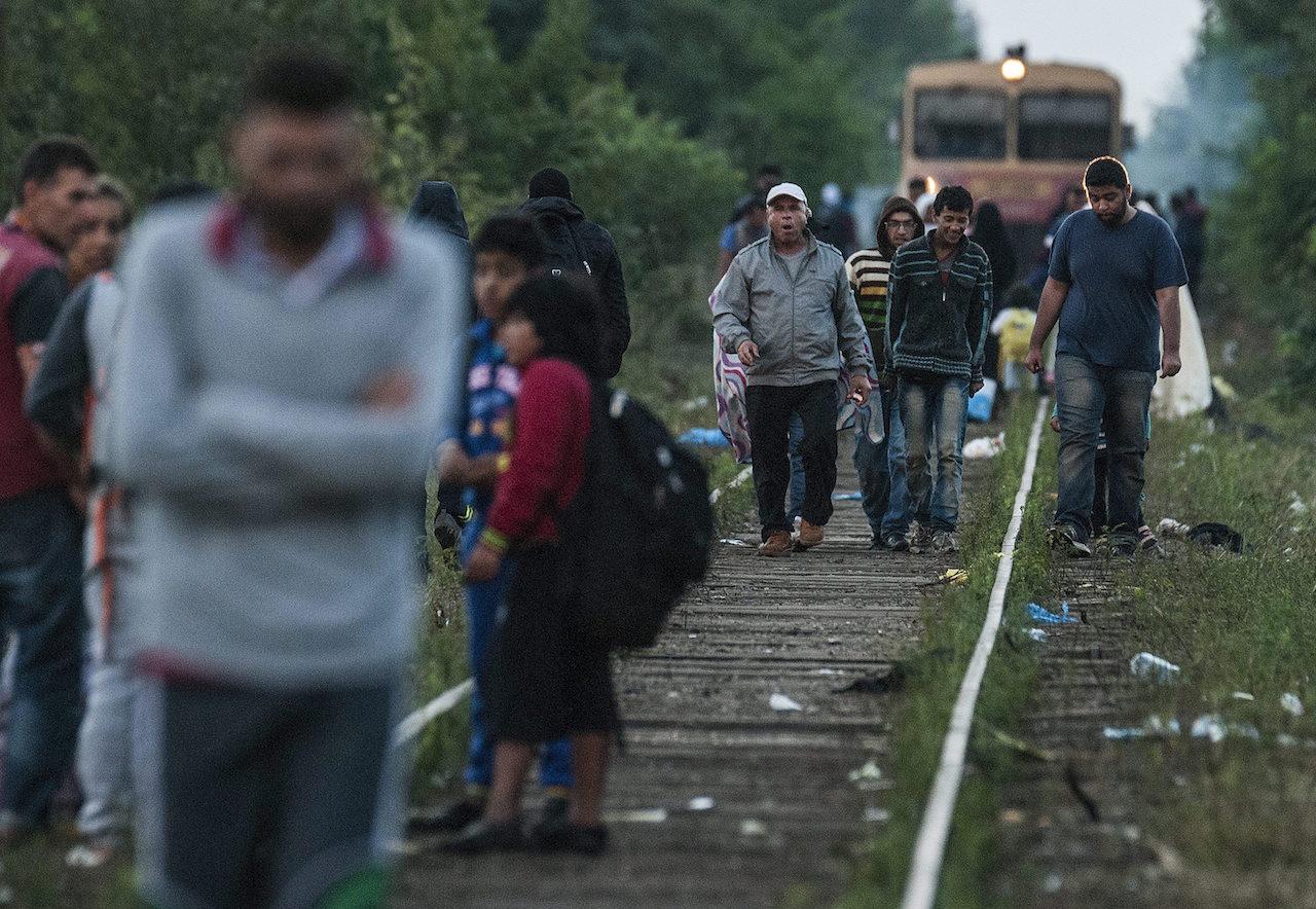 Welt: 2015 szeptemberében azért nem zárták le a német határt a menedékérők előtt, mert végül senki sem vállalta a döntés felelősségét