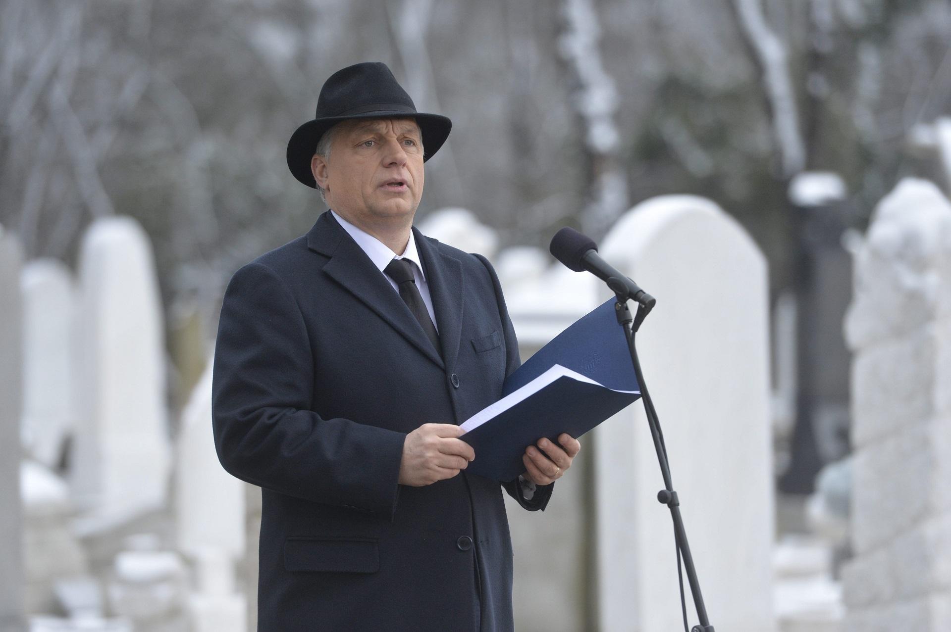Alkotmányba írná a Fidesz, hogy az állam minden szervének védenie kell a keresztény kultúrát