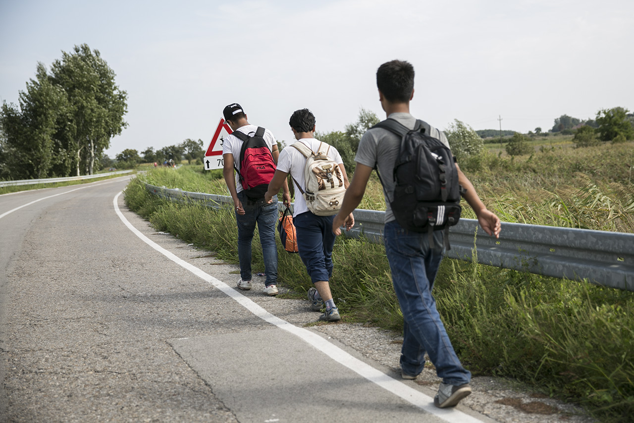 Hatezer kiskorú menekült tűnt el Németországban